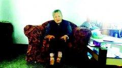104岁老人长黑发换新牙 返老还童(图)