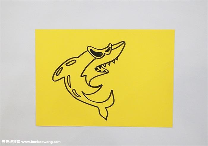 鲨鱼剪纸的做法